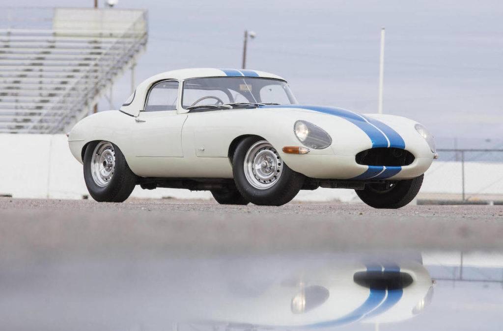 Автомобиль Jaguar E-Type Lightweight