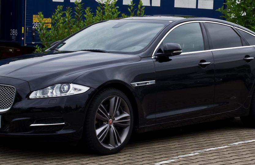 007 Skyfall - Jaguar XJ