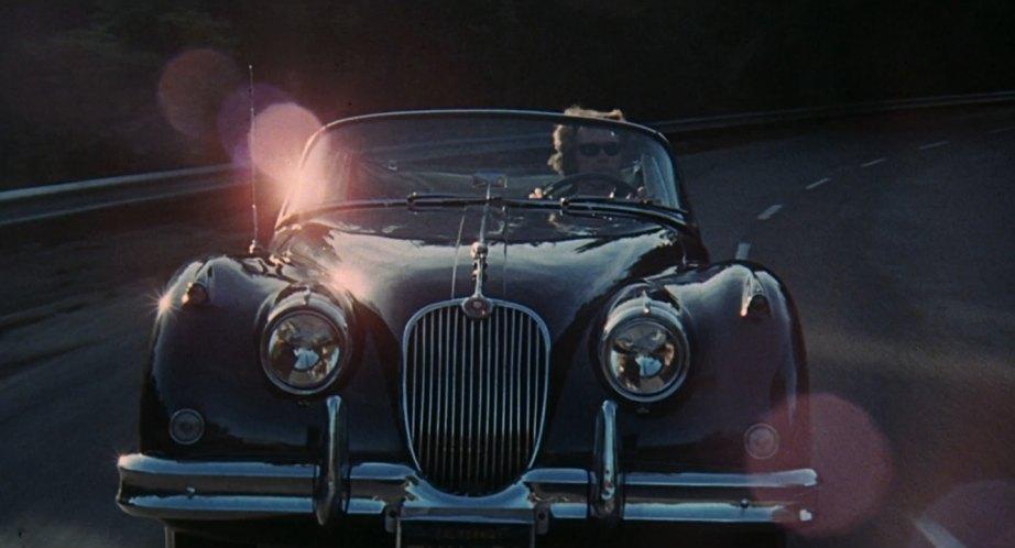 Дэйв Гравер за рулем Jaguar XK150