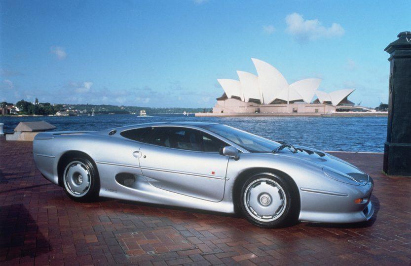 Серебряный юбилей Jaguar XJ220