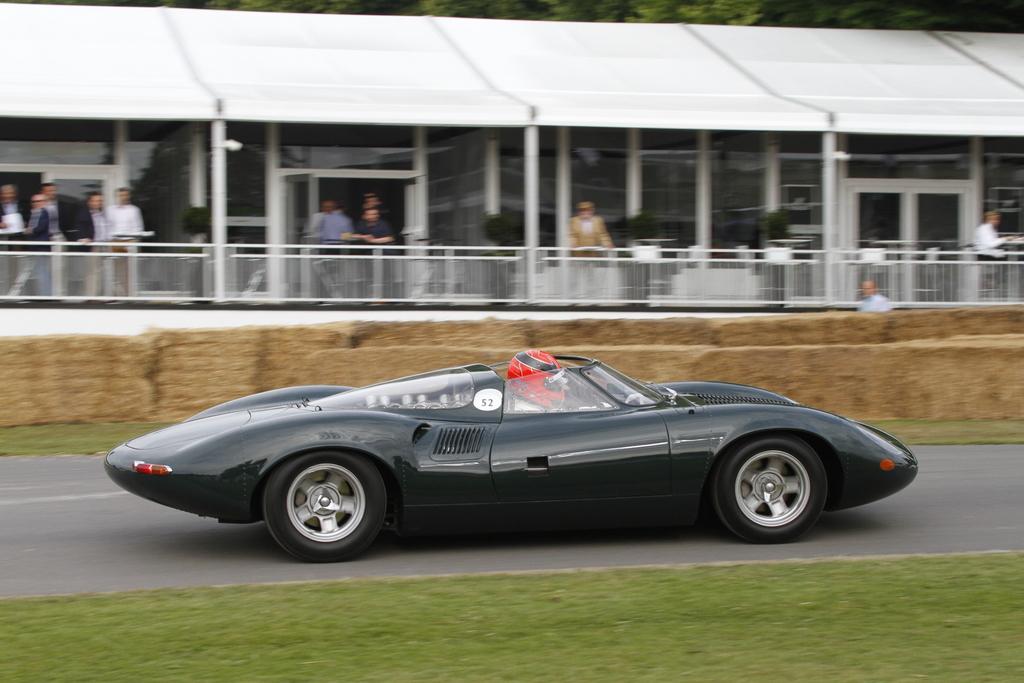Спортивный Jaguar XJ13