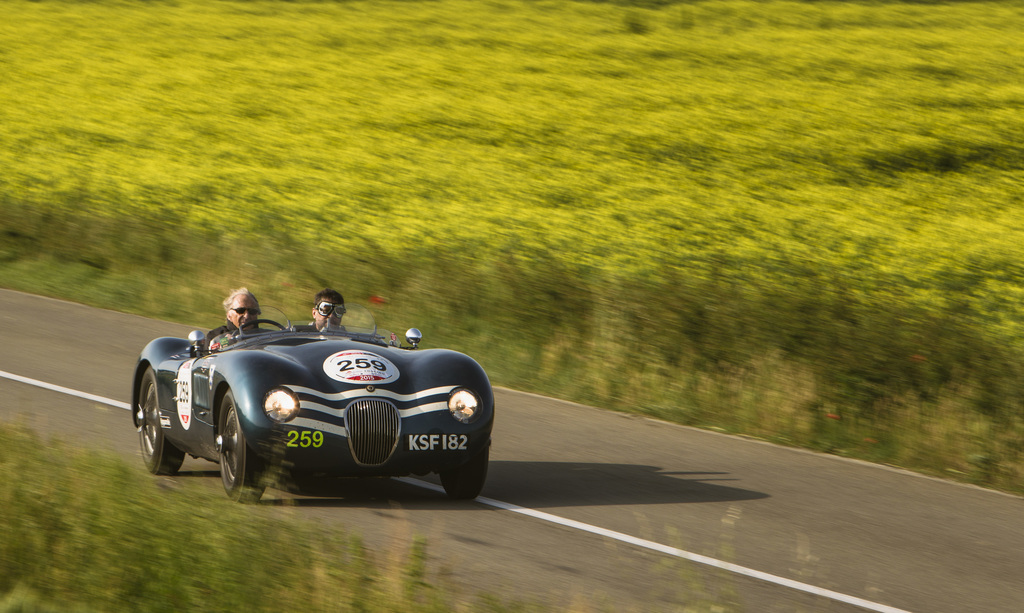 Jaguar C-Type на Mille Miglia