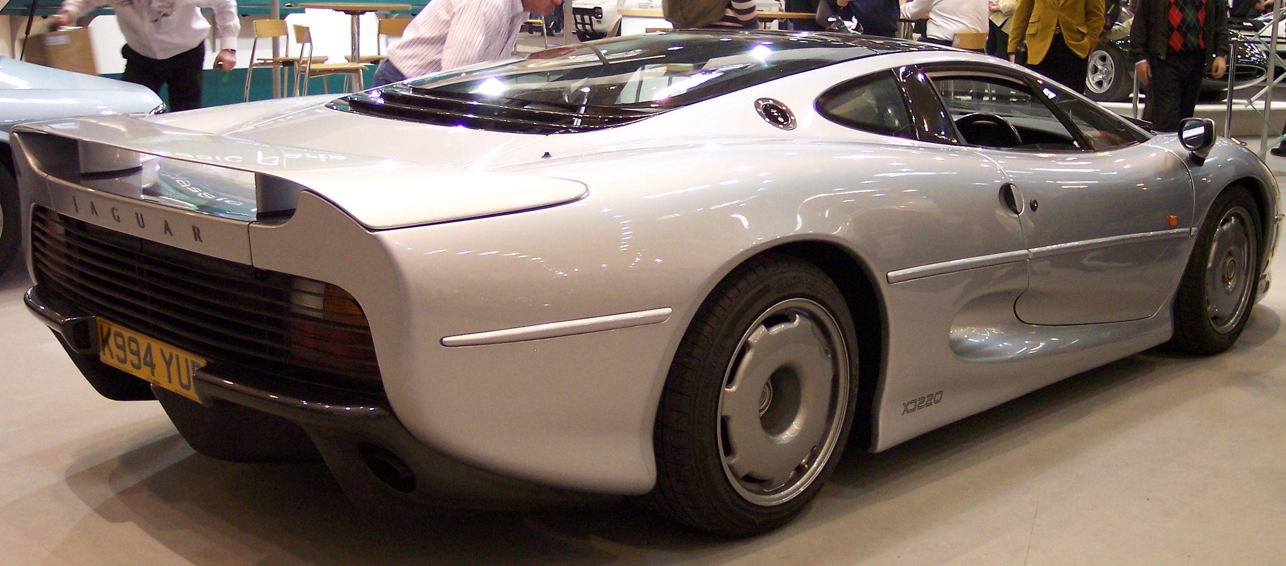 История создания Jaguar XJR-15