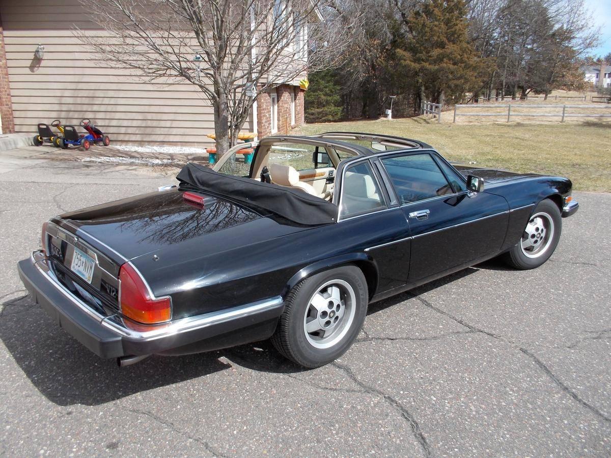 Автомобиль Jaguar XJS Cabriolet