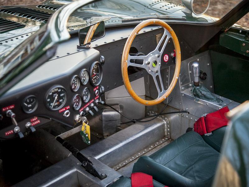Интерьер Jaguar XJ13