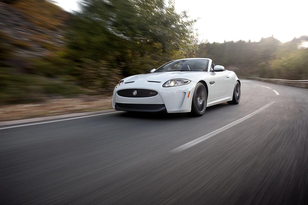 Jaguar на трэке