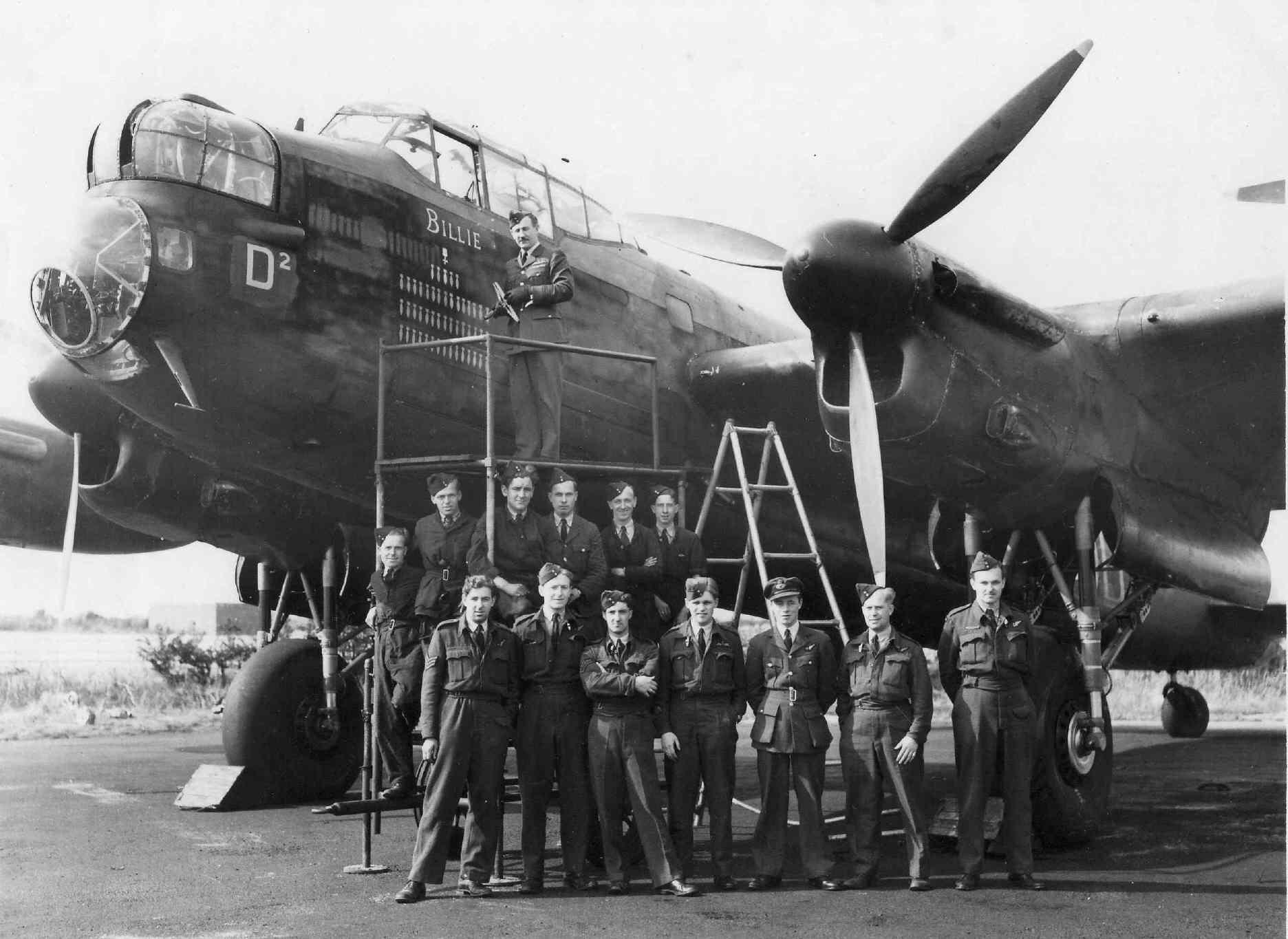 Lancaster — тяжелый бомбардировщик Королевских ВВС во Второй мировой войне