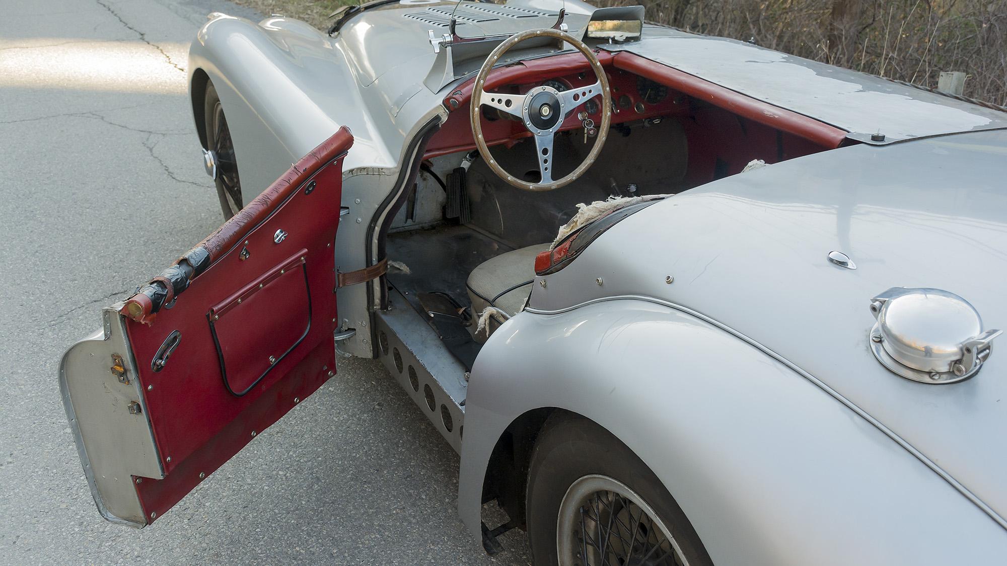 Jaguar XK120M