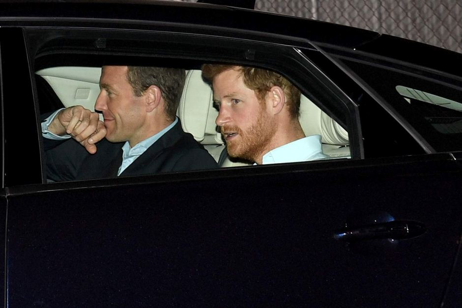 Принц Гарри в Jaguar XJ
