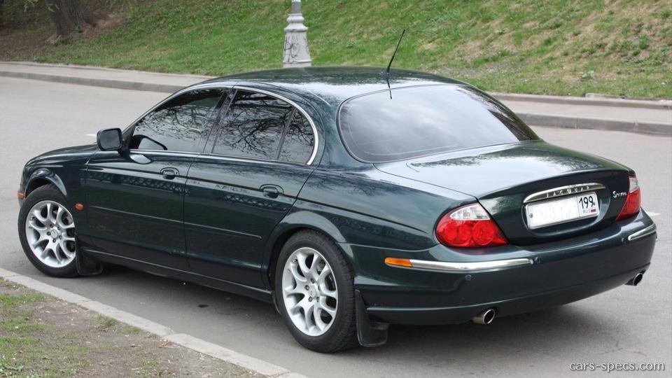 Зеленый Jaguar S-Type (X200)