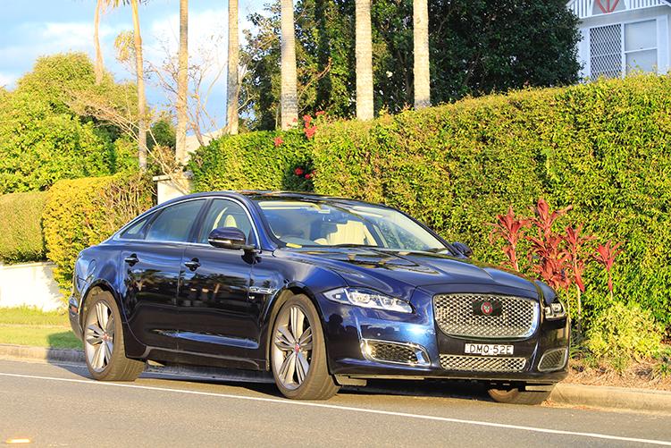 Jaguar принца Гарри