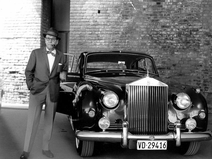 Georges Joseph Christian Simenon и Rolls Royce