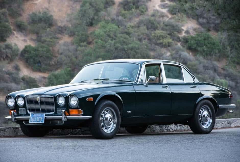 Jaguar XJ6 - лучший автомобиль года