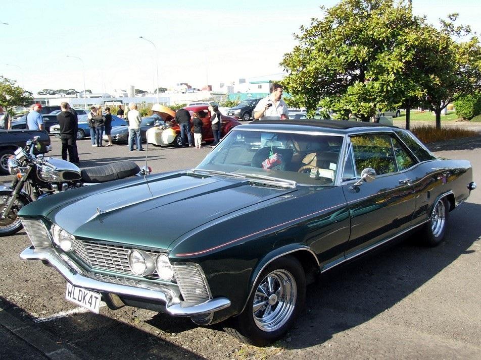 Buick Riviera конкурент Jaguar