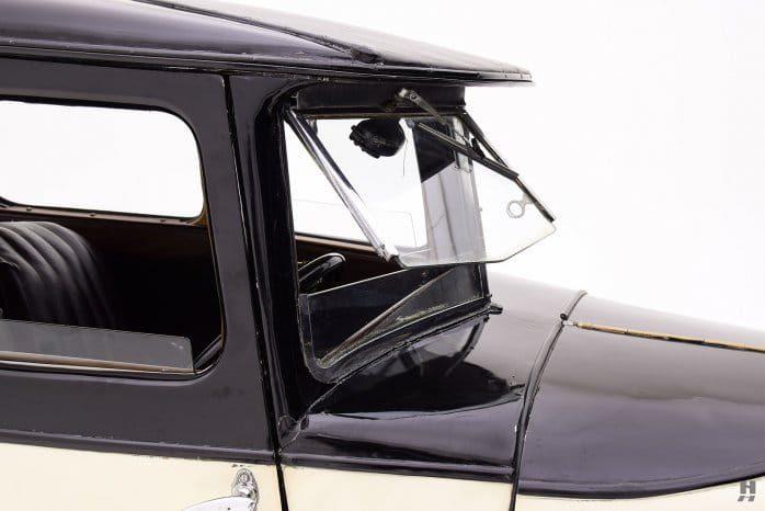 Austin 7 Swallow Saloon windscreen