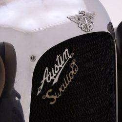 Austin Swallow Sports Saloon emblem