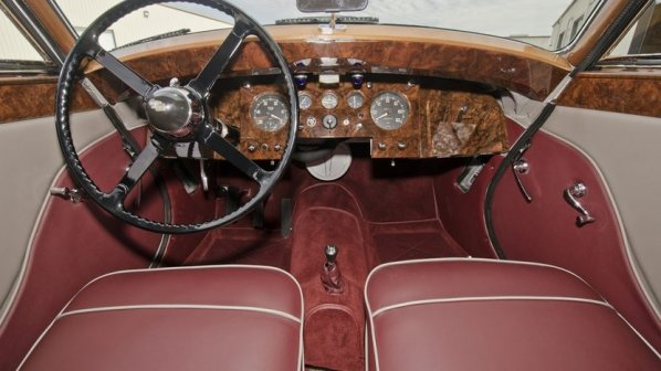 Jaguar Mk 5 Drop Head Coupe interior