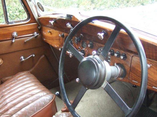 Jaguar Mk IV Saloon interior