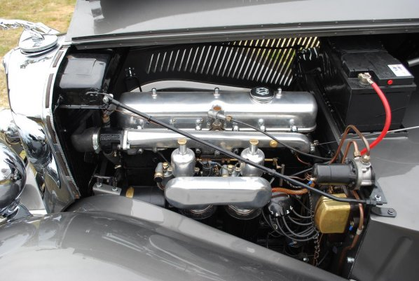 SS Jaguar 3.5 Litre Drop Head Coupe engine
