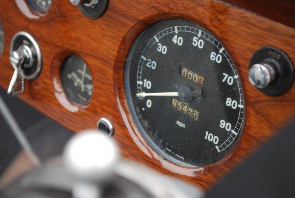 SS Jaguar DHC instrument panel
