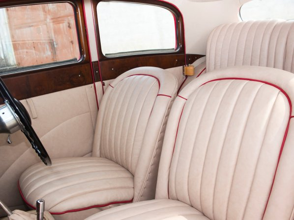 SS Jaguar Saloon interior