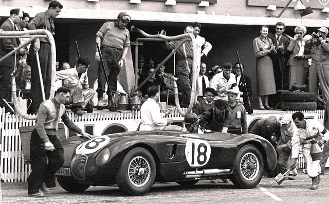 Заводская команда Jaguar в Ле Ман