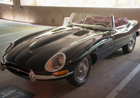 Jaguar E-Type первая серия