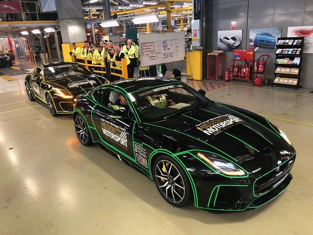 Jaguar F-Type к дню Вооруженных сил