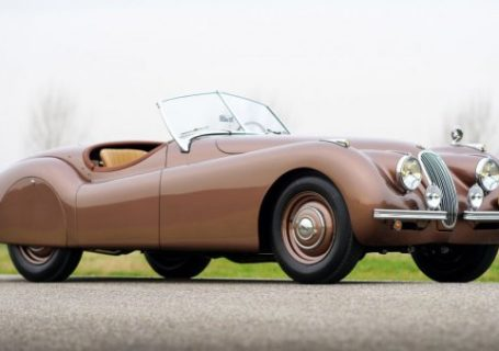 Старые модели Ягуар - классика автомобилестроения