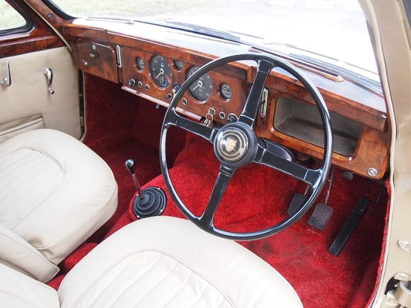 Jaguar Mark 1 interior