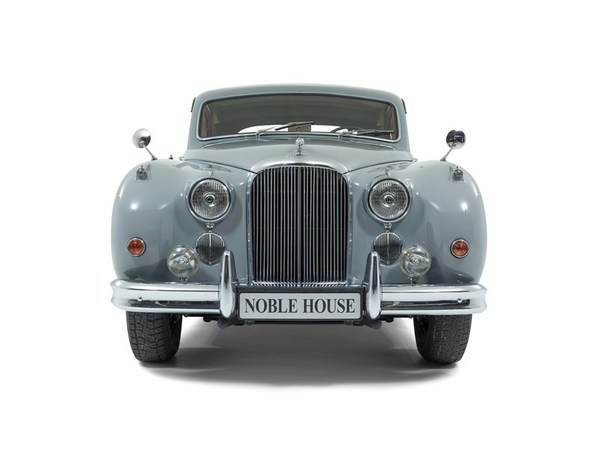 Jaguar Mark Nine