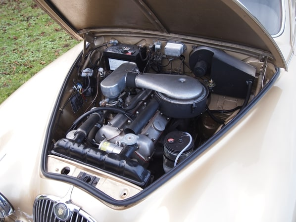 Jaguar Mk 1 engine