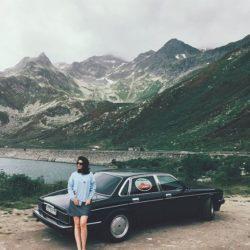 Jaguar XJ и горы