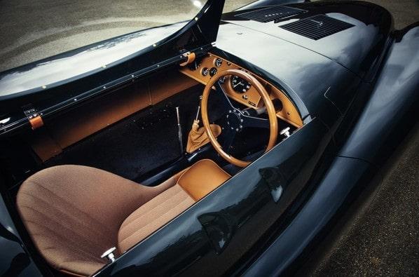 Jaguar XK120 Jabbeke Special interior