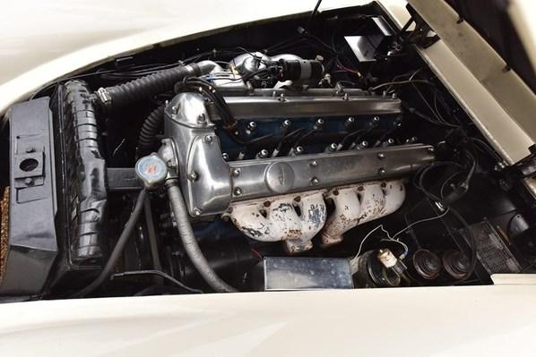Jaguar XK150 Fixed Head Coupe engine