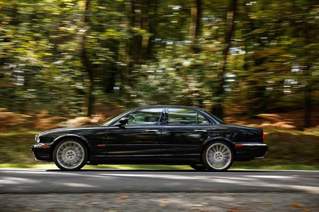 Флагманский Jaguar XJ