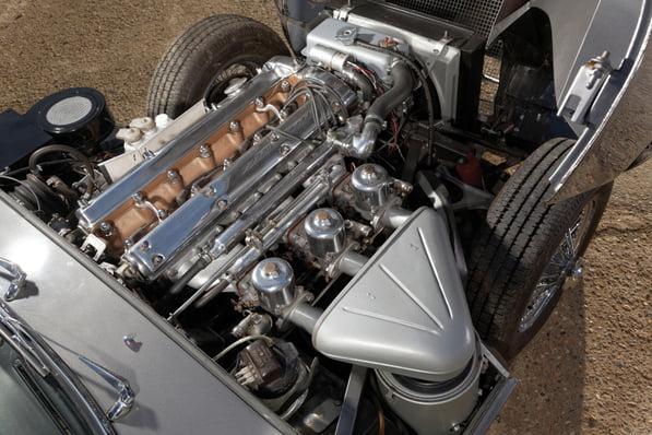 Jaguar E-Type Series 1 Fixed Head Coupe engine