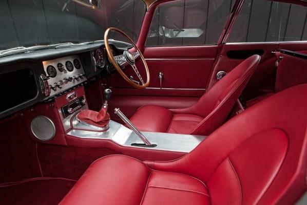 Jaguar E-Type Series 1 Fixed Head Coupe interior