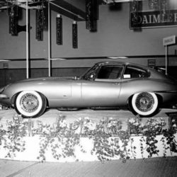 Jaguar XK-E Series 1 on New-York International Auto Show 1961