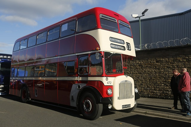 Daimler двухэтажный автобус