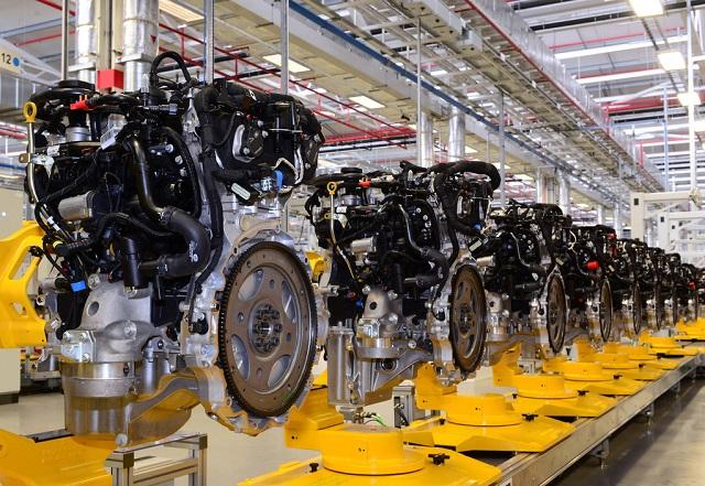 Ingenium бензиновый двигатель Jaguar