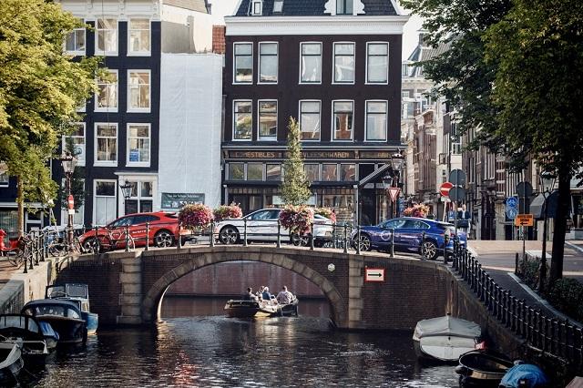 Jaguar I-PACE путешествие в Голландию