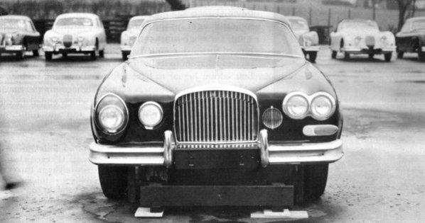 Jaguar Mark 10 prototype