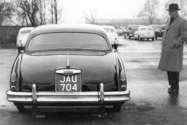 Прототип Jaguar Mk X и Уильям Лайонс