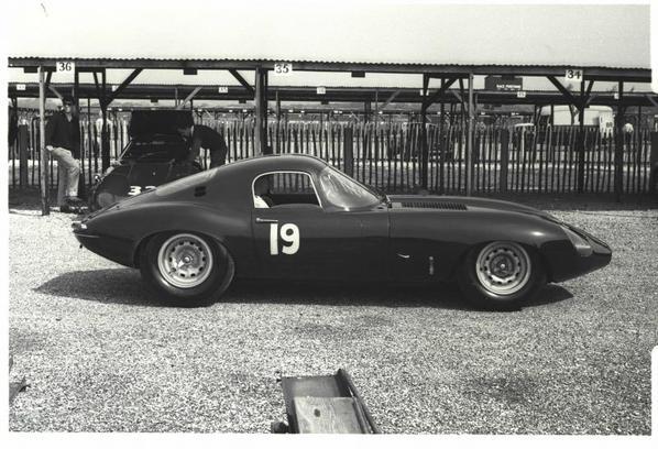 Jaguar E-Type Lumsden-Sargent testing at Godwood spring 1964