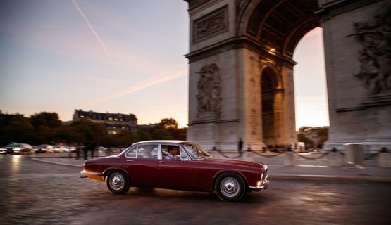 Jaguar XJ в Париже