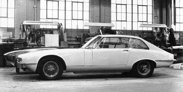 Jaguar XJ21 car prototype