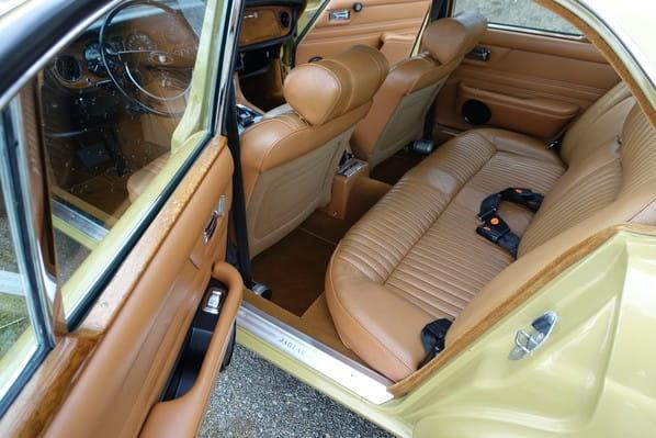 Jaguar XJ6 seats