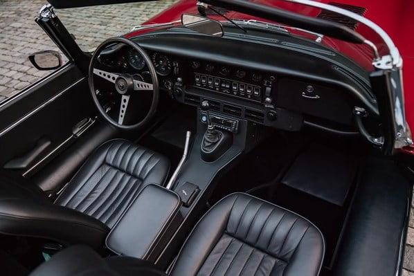 Jaguar XKE Series 3 interior