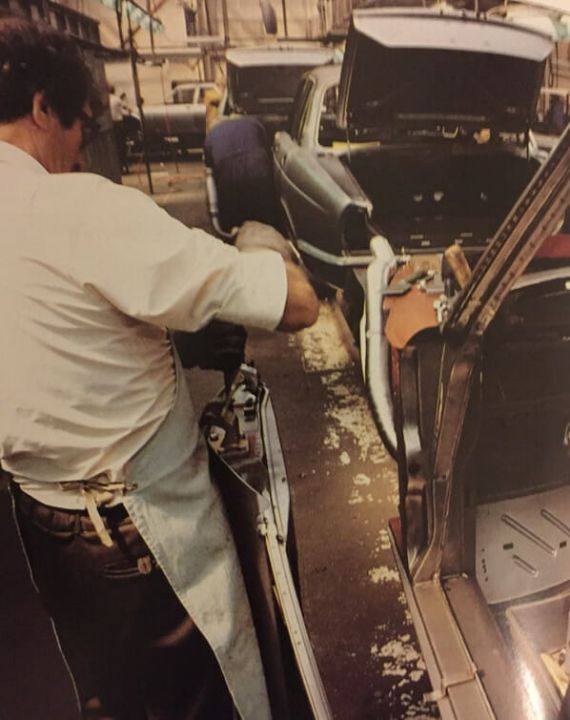Jaguar XJ Series 3 assembly